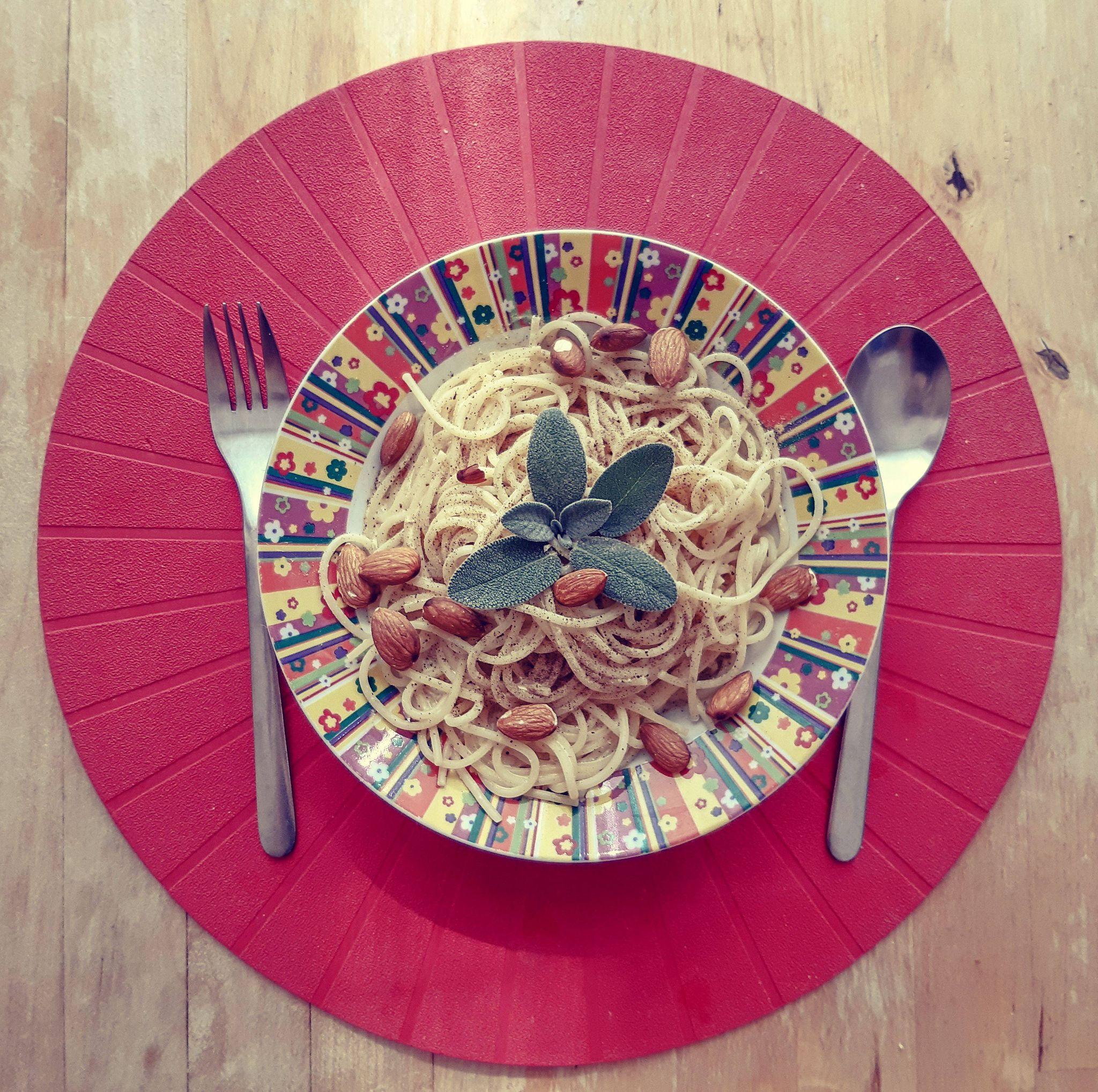 Špagety somáčkou zborovicového pylu